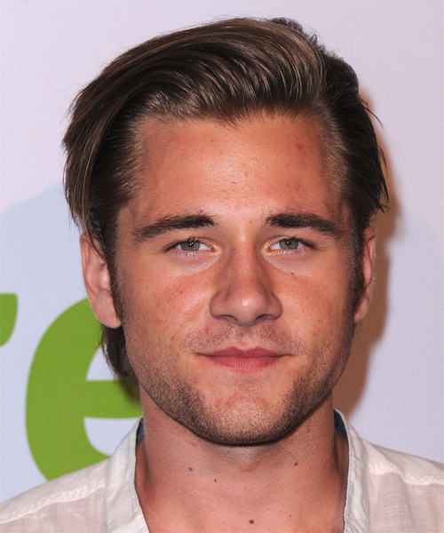 Luke Benward Short Straight Hairstyle - Medium Brunette