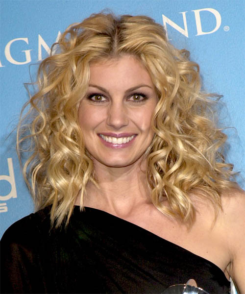 Faith Hill Long Curly Hairstyle