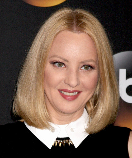Wendi McLendon Covey Medium Straight Formal Hairstyle - Medium Blonde (Strawberry) Hair Color