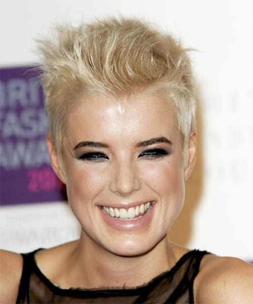 Agyness Deyn Short Straight hairstyle with tapered sides