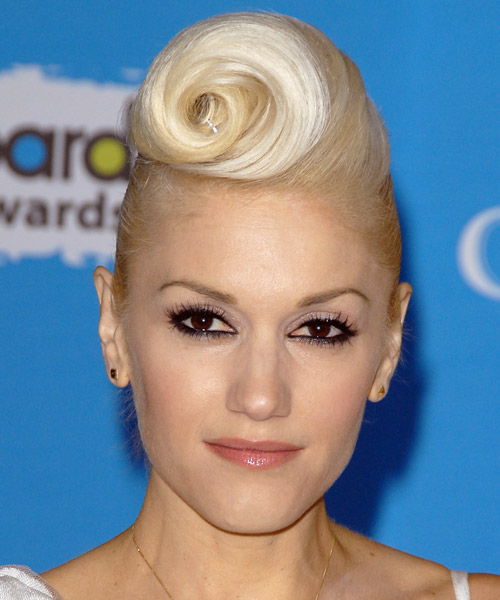 Gwen Stefani Alternative Straight Updo Hairstyle