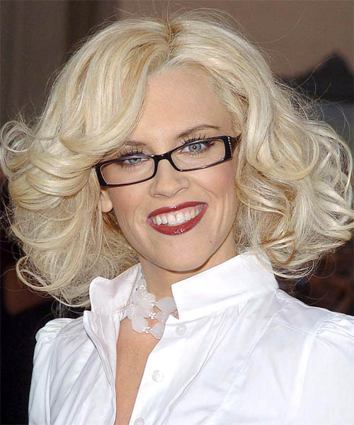 Jenny McCarthy Medium Wavy Hairstyle