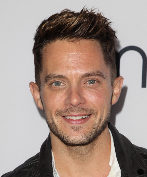 Eli Lieb Short Straight Casual  - Dark Brunette
