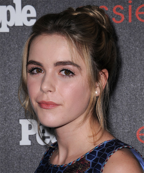 Kiernan Shipka Straight Casual - side view