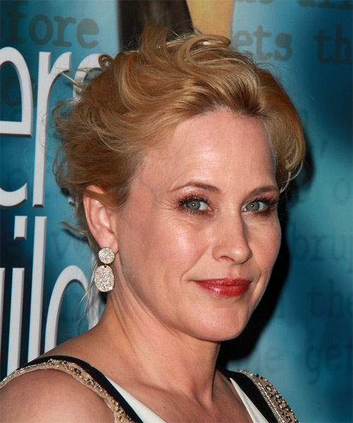 Patricia Arquette Medium Wavy Formal Wedding - Dark Blonde (Copper) - side view