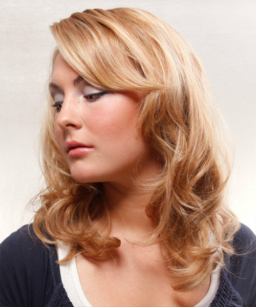 Long Wavy Formal Hairstyle - side view 1
