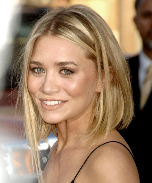 Ashley Olsen Long Straight Hairstyle - side view
