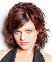 Casual Medium Wavy Hairstyle - click to view hairstyle information