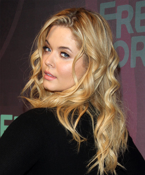 Sasha Pieterse Long Wavy Casual Hairstyle - Light Blonde (Honey) Hair Color - side view