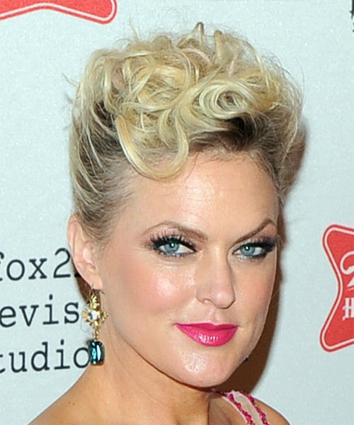 Elaine Hendrix Short Curly Casual Updo Hairstyle - Light Blonde Hair Color - side view