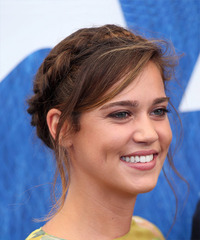 Matilda Lutz - Long Straight - side view