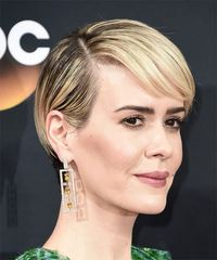Sarah Paulson - Short Straight - side view