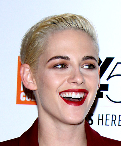 Kristen Stewart Short Straight Casual Pixie - Light Blonde (Platinum) - side view