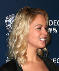 Gage Golightly Shiny & Bouncy - Medium Wavy - side view