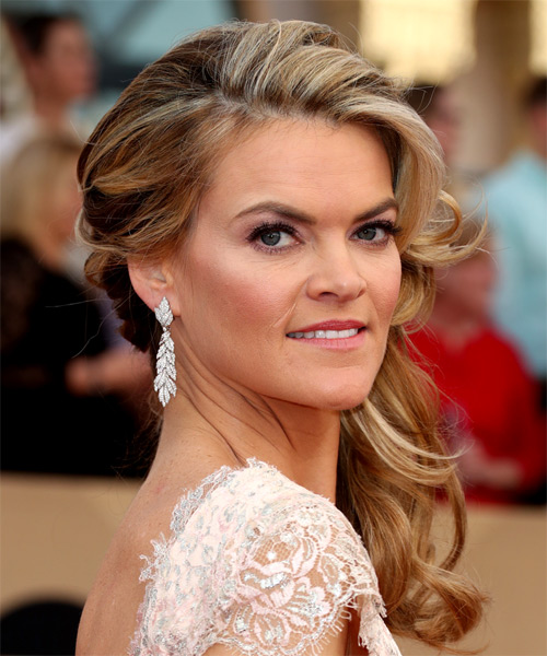 Missi Pyle Classic Long Curly Formal Hairstyle - Medium Blonde Hair Color - side view
