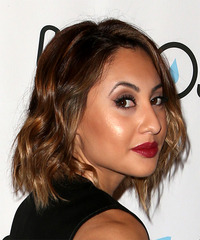 Francia Raisa - Short Wavy - side view