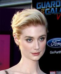 Elizabeth Debicki - Short Straight - side view