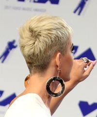 Katy Perry Short Straight Casual Pixie - Light Blonde (Platinum) - side view