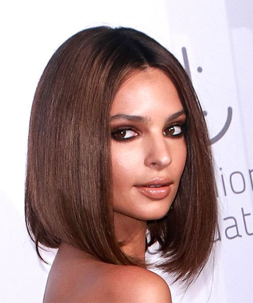 Emily Ratajkowski Medium Straight Formal Bob Hairstyle - Medium Brunette (Chestnut) Hair Color - side view