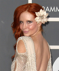 Phoebe Price Hairstyle - click to view hairstyle information