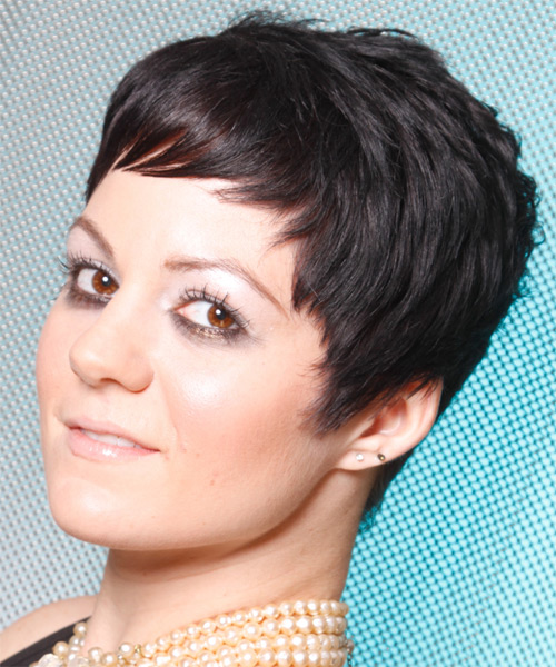 Short Straight Casual Hairstyle - Black - side view 1