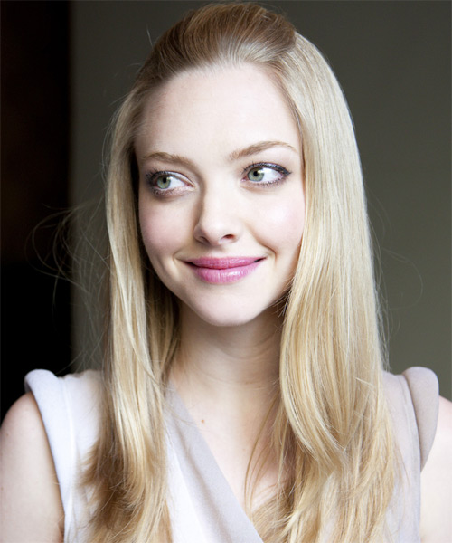 Amanda Seyfried Half Up Long Straight Hairstyle - side view 1