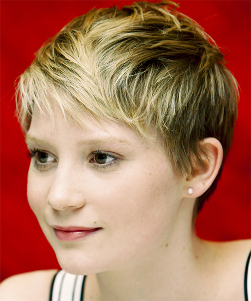 Mia Wasikowska Short Straight Casual - side view