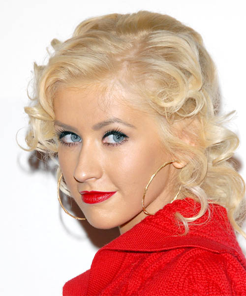 Christina Aguilera Medium Curly Hairstyle - side view 1