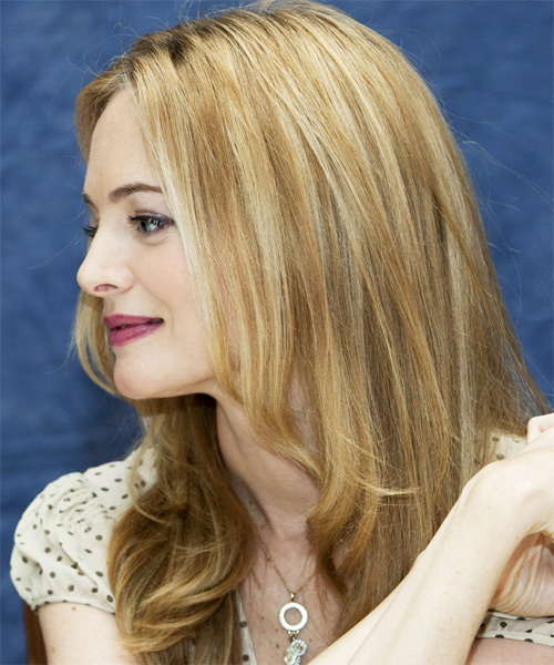 Heather Graham Long Wavy Hairstyle - side view 1