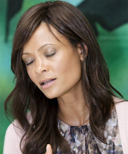 Thandie Newton Long Wavy Casual Hairstyle - side view