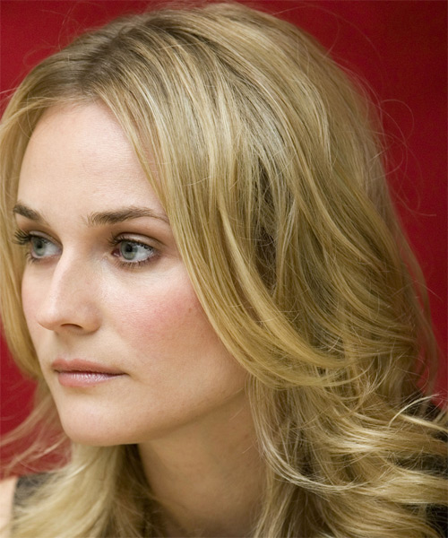 Diane Kruger Long Wavy Hairstyle - side view 1