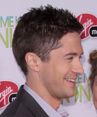 Topher Grace Hairstyle - click to view hairstyle information