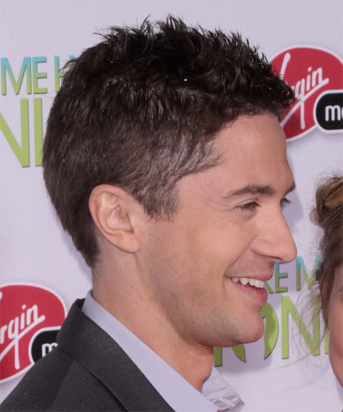 Topher Grace Short Straight Hairstyle - side view 1