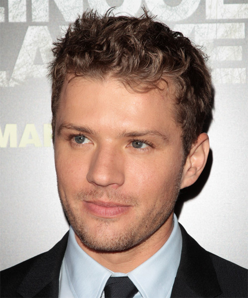 Ryan Phillippe Short Wavy Hairstyle - Light Brunette - side view 1