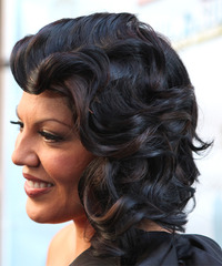 Sara Ramirez Hairstyle - click to view hairstyle information