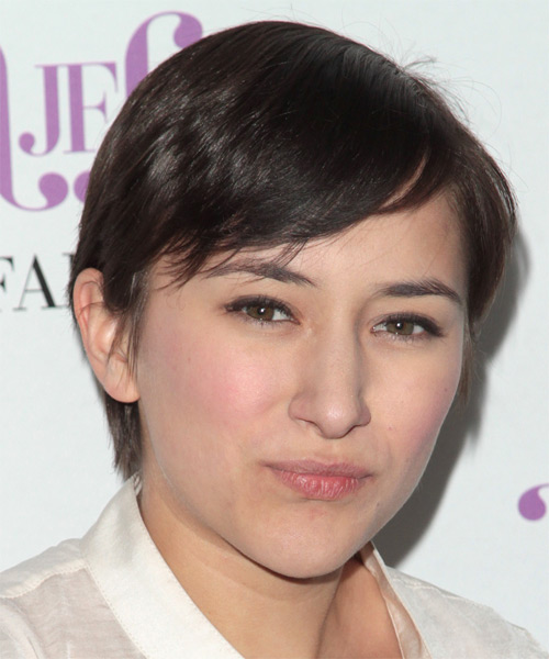 Zelda Williams Short Straight Casual  with Side Swept Bangs - Dark Brunette - side view