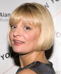 Martha Plimpton Hairstyle - click to view hairstyle information