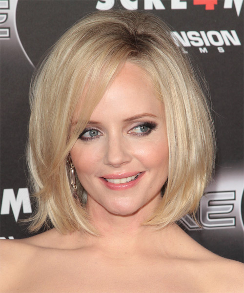 Marley Shelton Medium Straight Casual Bob Hairstyle with Side Swept Bangs - Light Blonde Hair Color - side view