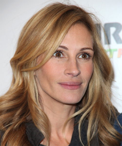 Julia Roberts - Wavy  Long Wavy Hairstyle - Medium Blonde - side view 1