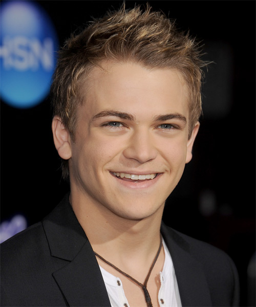 Hunter Hayes Short Straight Hairstyle - Light Brunette - side view 1