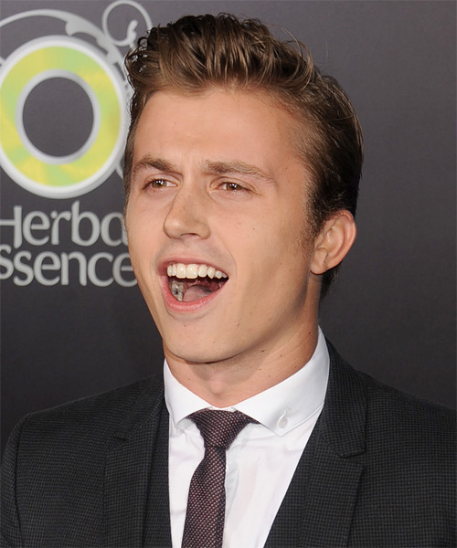 Kenny Wormald Short Straight Hairstyle - Medium Brunette - side view