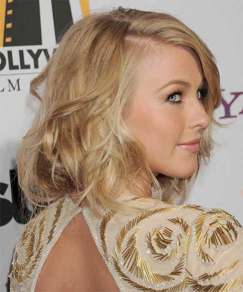 Julianne Hough - Wavy  Medium Wavy Hairstyle - Medium Blonde (Golden) - side view 1