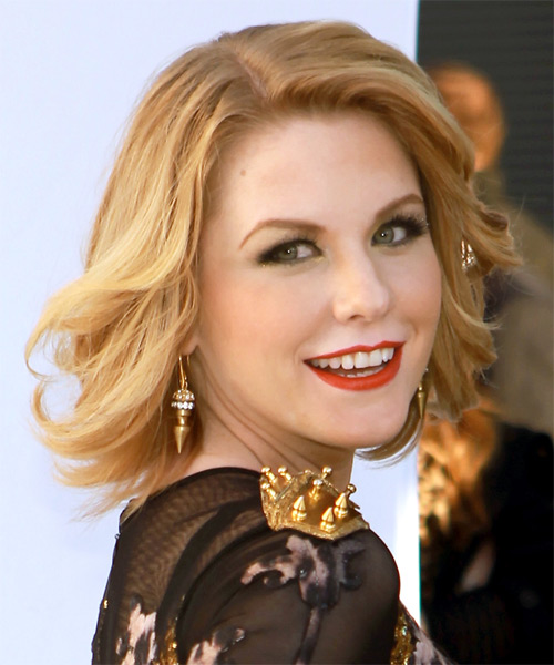 Carrie Keagan Medium Straight Formal Bob - Medium Blonde - side view