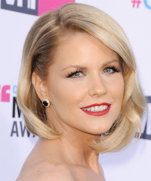Carrie Keagan Short Straight Formal Bob Hairstyle with Side Swept Bangs - Light Blonde (Honey) Hair Color - side view