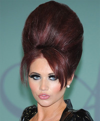 Amy Childs Hairstyle - click to view hairstyle information