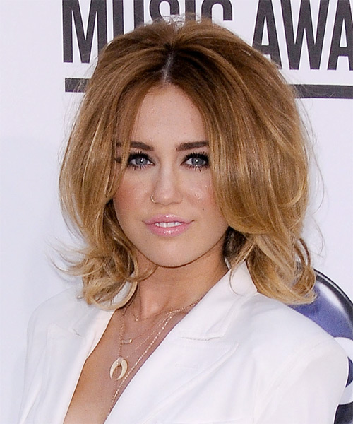 Miley Cyrus Medium Straight Formal Bob Hairstyle - Light Brunette (Caramel) Hair Color - side view