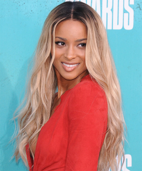 Ciara Long Wavy Hairstyle - Light Blonde (Champagne) - side view