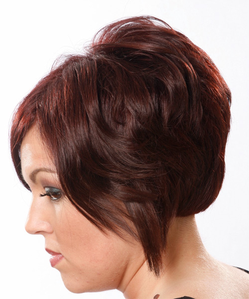 Short Straight Casual Hairstyle - side view 1