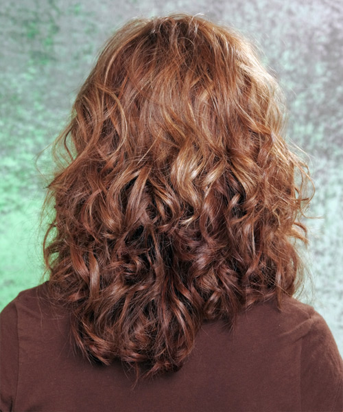 Long Wavy Casual Hairstyle - side view 1