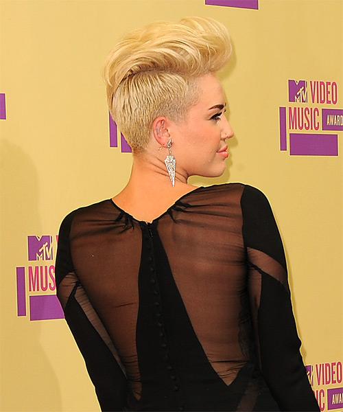 Miley Cyrus Short Straight Hairstyle - Light Blonde  Golden  - side    Miley Cyrus Haircut Back